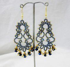 tatted lace earrings tatting metallic gold blue от BeadBlizz