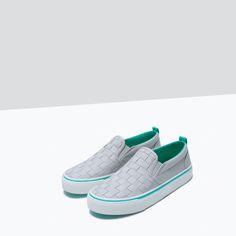 ZARA - SHOES & BAGS - WOVEN SLIP-ON