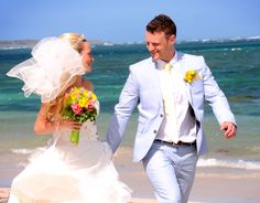 Bridal bouquet, wedding cake, spa services and much, much more wedding details included in our all-inclusive wedding destination packages. Find your perfect package for your perfect day.