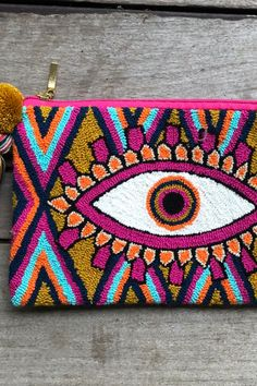 Wayuu handmade mochilas, bags, and accessories made in Colombian by Wayuu artisans Punch Needle Kits, Punch Needle Patterns, Embroidery Bags, Cross Stitch Embroidery, Latch Hook Rugs, Vintage Crafts, Punch Art, Crochet Home, Rug Hooking