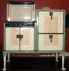 Current Inventory of Retro Gas Kitchen Coook Stoves for Sale : Magic Chef Retro Gas Antique Cook Stove