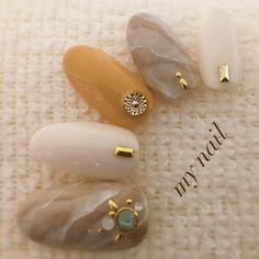 秋と夏を可愛くチョイス。.:*♡ネイルデザインランキング8月|2018 Nail Salon Design, Manicure Y Pedicure, Brown Nails, Yellow Nails, Almond Nails, Nail Inspo, Nail Arts, Wedding Nails, Nail Designs