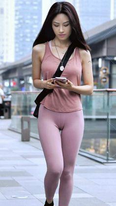 Beautiful Girl Image, Beautiful Asian Women, Fit Women, Sexy Women, Indian Actress Hot Pics, Girls In Leggings, Just Girl Things, Cute Asian Girls, Athletic Outfits