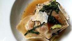 Raviolis poêlés de cochon et canard, bok choy et glace de viande - Recettes de cuisine, trucs et conseils - Canal Vie