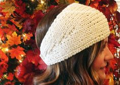 Get the pattern for this Easy Knitted Headwrap. Included is a tip tutorial to make it a breeze.