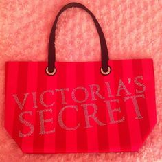 "NWOT Victorias Secret tote! In mint condition! Hight~13"" Width~21"" Victorias Secret Bags Totes"