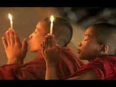 Mantra for meditation and positive energy. This mantra has no approximate translation. Buddha Buddhism, Buddhist Monk, Buddhist Beliefs, Buddha Temple, Buddhist Prayer, Tibetan Buddhism, Musica Mantra, Om Mantra, Zen Attitude