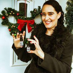 CBD: Legnépszerűbb termékeink a CBD Webáruházban 2020-ban: a CBD-olajok közül az 5%-os és 10%-os CBD olaj! Kattintás után te is megrendelheted őket, várlak szeretettel a CBD Webáruházban! Christmas Ornaments, Holiday Decor, Christmas Jewelry, Christmas Baubles, Christmas Decorations