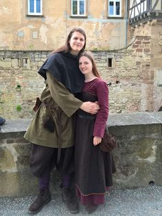 fjalladis.de/brunja-wiki-kleid Wikinger Paar  historische Kleidung Viking Couple historical dress Vikings cosplay