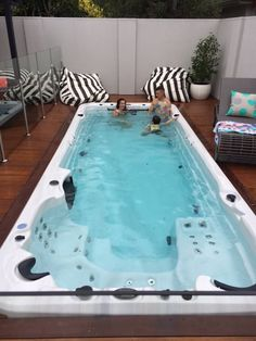 Let the Spa World team help you find the very best spa pool that best suits your home and budget. View our top quality range of spas for sale today! Backyard Pool Designs, Swimming Pool Designs, Pool Landscaping, My Pool, Pool Spa, Small Pools, Small Backyard Pools, Piscina Interior, Jacuzzi Outdoor