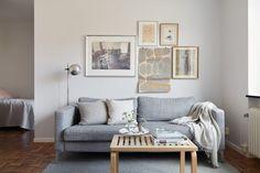 Livingroom Essinge Brogatan 27, 5 tr | Fantastic Frank