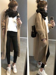 詳細は instagram➜ sayaka__sea Stylish Outfits, Cool Outfits, Fashion Outfits, Womens Fashion, Adidas Stan Smith Outfit, Fall Winter Outfits, Winter Fashion, Normcore Fashion, Fashion Models