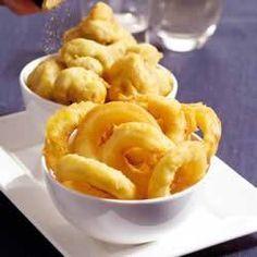 Gefrituurde Champignons En Uiringen recept | Smulweb.nl Tapas, Croquettes Recipe, Snack Recipes, Snacks, Tempura, Spanish Food, High Tea, Macaroni And Cheese, Buffet