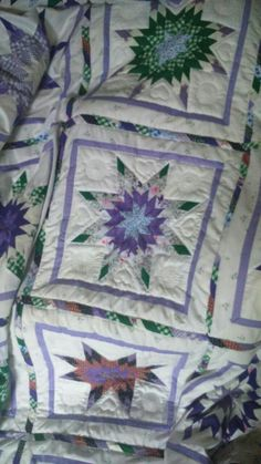 Texan star quilt Texans, Quilts, Blanket, Star, Bed, Stream Bed, Quilt Sets, Blankets, Log Cabin Quilts
