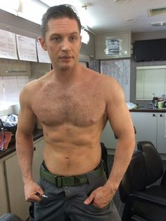 Tom Hardy after 40 minute full tattoo coverage bts Legend.... I choked when this pic popped up in my feed. He's TOO HOT for words... Yum. #shirtless muscles sexy