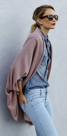 Fall / Winter - street chic style - light denim skinnies + light distressed denim shirt + lilac cocoon sweater + black sunglasses