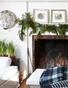 Nora Murphy Country House Holiday 2016 Magazine  Our Holiday issue is filled with inspiration for decorating and celebrating the season.