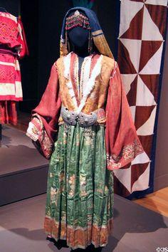 Greek wedding dress from Skyros (1775-1800) at Museum of International Folk Art. Santa Fe, NM.#Greek #wedding #costume #dress #folk