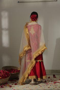 Punjabi Suits Party Wear, Pakistani Fashion Party Wear, Pakistani Dress Design, Pakistani Outfits, Indian Fashion, Indian Outfits, Pakistani Couture, Embroidery Suits Punjabi, Embroidery Suits Design