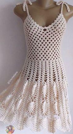 Crochet T Shirts, Crochet Blouse, Crochet Clothes, Crochet Top, Knit Baby Pants, Crochet Woman, Crochet Fashion, Swimwear Fashion, Vintage Crochet