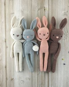 Child Knitting Patterns Amigurumi bunnies as cuddly toys or ornament for Easter. Offers on Etsy. Baby Knitting Patterns Supply : Amigurumi Hasen als Kuscheltier oder Dekoration zu Ostern. by etsy_de Baby Knitting Patterns, Crochet Patterns Amigurumi, Crochet Dolls, Crochet Diy, Bunny Crochet, Baby Bunnies, Easter Bunny, Newborn Photo Props, Newborn Session