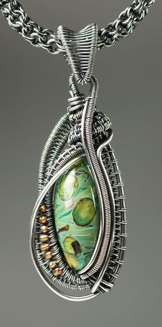 Wire Woven Oval Bead Pendant with Kaska Firor | #BeadFestSpring #weaving #wire…