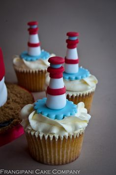 These little beauties are gluten free. The cupcakes matched the design of a vanilla sponge lighthouse wedding cake and complemented itperfectly to suit everyone's dietary requirements.