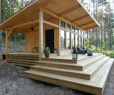 Attefallshus Lindköping I — Swedish Timber Frame Small Tiny House, Tiny House Cabin, Tiny House Living, Tiny House Design, Cabin Homes, Small House Plans, Small Wooden House, Tiny Homes, Tiny Cabins