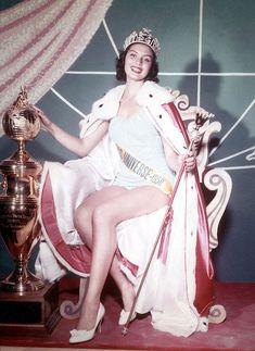 miss universe 1956   ... Zender (Miss Universe 1957) and Carol Morris (Miss Universe 1956