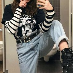 50 classy and casual outfits fall for college 5 ~ Litledress - casual classy college fall litledress outfits 577657089690188297 Indie Outfits, Grunge Outfits, Tumblr Outfits, Hipster Outfits, Edgy Outfits, Casual Fall Outfits, Grunge Fashion, Look Fashion, 90s Fashion
