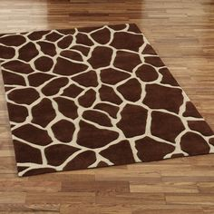 Giraffe Area Rug - love the textile idea for the baby's room