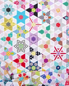 The Daisy Chain Quilt Click on any image for a larger view.It is time for another Daisy Chain Quilt update and today is cause for celebration for I now have a finished quilt top! Just under five month
