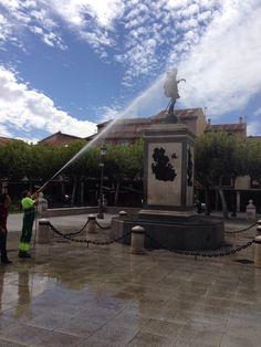 Refrescando a Cervantes. Nubes quijotescas. Alcalá de Henares