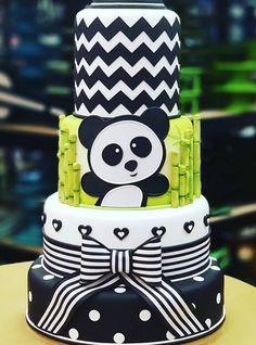 50 Ideias para Festa Panda Panda Birthday Cake, 2nd Birthday, Birthday Parties, Torta Baby Shower, Panda Themed Party, Panda Party, Bolo Panda, Panda Decorations, Panda Baby Showers