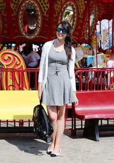 http://www.justlia.com.br/2013/09/nova-york-coney-island-look-do-dia-vestido-cinza-de-malha/