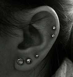 Best Screen double Cartilage Piercings Suggestions If a normal sharp isn't su. - Best Screen double Cartilage Piercings Suggestions If a normal sharp isn't sufficient, some peop - Spiderbite Piercings, Pretty Ear Piercings, Ear Piercings Chart, Ear Peircings, Types Of Ear Piercings, Double Cartilage Piercing, Ear Piercings Cartilage, Multiple Ear Piercings, Piercing Tattoo