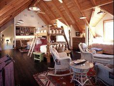 Rustic Bedroom Bunkroom - interior design Mountain Homes, Cabin, Interior Design, Rustic Bedrooms, Furniture, Charmed, Home Decor, Mountain Houses, Nest Design