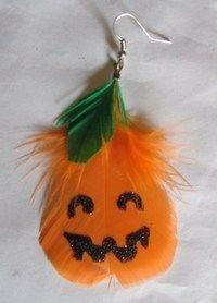 DIY Pumpkins Crafts : DIY Pumpkin Feather Earrings: DIY halloween crafts