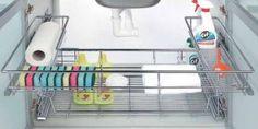 Przechowywanie w kuchni. Jak dobrze zorganizować przestrzeń?
