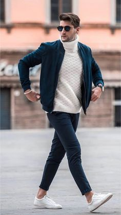Why mens fashion casual matters? Because no one likes to look boring! But what are the best mens fashion casual tips out there that can help you […] Mens Fall Outfits, Stylish Mens Outfits, Casual Fall Outfits, Men Casual, Men's Casual Wear, Casual Jeans, Summer Outfits Men, Casual Styles, Smart Casual