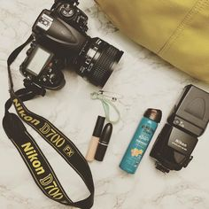 I often get asked what I carry in my big yellow camera bag. Its all about being prepared so I always take sunblock with me because hello Florida. I also find safety pins helpful as they helps with any clothing issues!  And I never leave the house without my Mac lipstick because I just need it! What do always take on the road with you? #insta180
