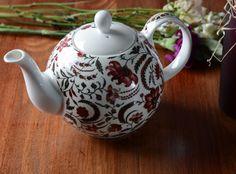 V&A Coromandel Coast Fine China Six Cup Teapot China Teapot, Victoria And Albert Museum, Fine China, Cup And Saucer, Dinnerware, Tea Pots, Coast, Pottery, Ceramics