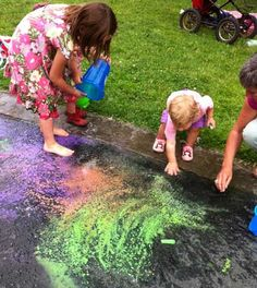 Messy Play ideas for Backyard   Arts and craft from activekidsclub.com