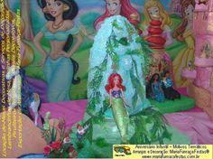 AS-PRINCESAS-MARIAFUMACAFESTAS-07 | Tema As Princesas - O grande sonho de todas as meninas, é um dia comemorar o seu aniversário com a decoração temática das Princesas Disney. Sempre tem uma das princesas que é a sua favorita. Pensando nisso, a Maria-Fumaça-Festas resolveu lançar a decoração onde estão todas as princesas juntas em um mesmo cenário decorativo.