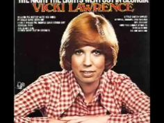 """Today 4-7 in 1973: Comedy star from the Carol Burnett show, Vicki Lawrence hits #1 with her record """"The Night The Lights Went Out In Georgia"""""""