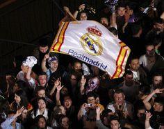 Real Madrid Cr7, Santiago Bernabeu, Artsy, Football, Twitter, Sports, Couple, Nice Asses, Soccer