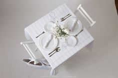 Find a white picnic table, and white picnic items online. Complete items for your Diner en Blanc event in your city. Buy picnic items for outdoor dining. Picnic Bag, Picnic Table, Tea Light Candles, Tea Lights, Picnic Items, Tablecloth Sizes, All White Party, Le Diner, Side Plates