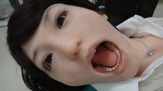 Ultra Realistic Dental Training Robot - Showa Hanako flinches just like a real patient (video) Robot Humanoïde, Robots, Dental Training, Japan Train, Humanoid Robot, Doll Japan, Real Doll, The Uncanny, Dental Assistant