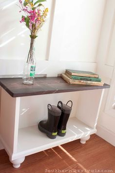 Southern Revivals | DIY Entryway Bench for Small Spaces.