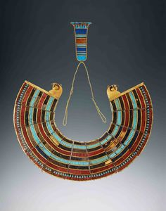 Egyptian: Dynasty, BC: Inlaid broad collar Tutankhamun's tomb. Valley of the Kings, Egypt. King Tut Tomb, Egypt Jewelry, Egypt Museum, Ancient Egyptian Jewelry, Egypt Art, Tutankhamun, Body Adornment, Ancient Artifacts, Ancient Civilizations